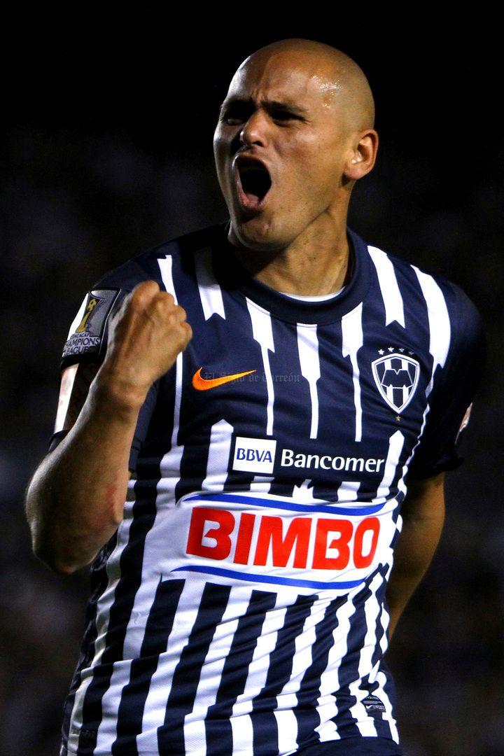 Con dos anotaciones de Humberto Suazo, Monterrey tomó ventaja en la eliminatoria de la final de la Liga de Campeones de Concacaf (Foto: Armando Marin/Jam Media)
