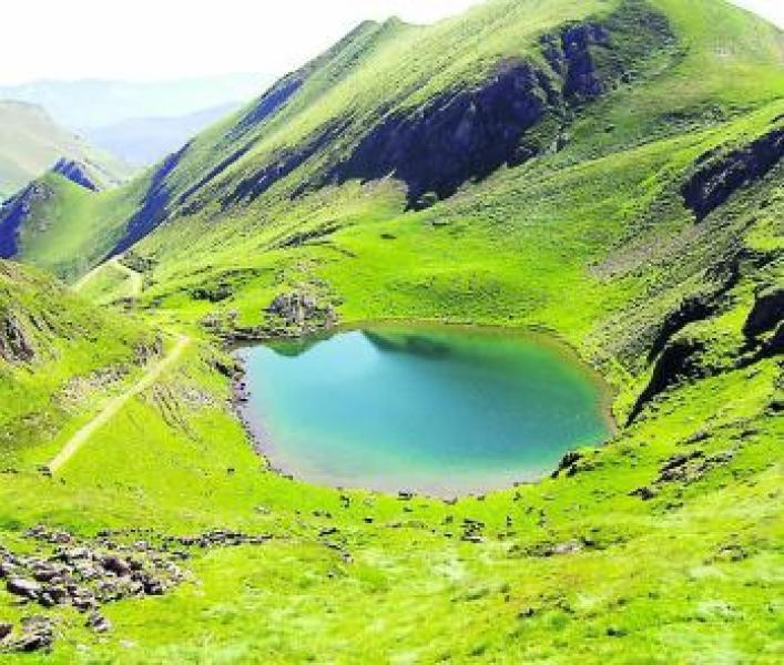 Couserans, la montagne au cœur.  Ariège Pyrénées