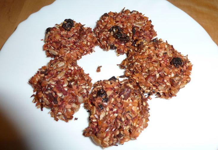 domácí semínkové sušenky z červené řepy
