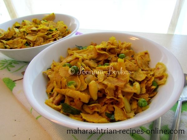 [belowtitlead]Serving for - 2Ingredients	Leftover chapati - 5-6	Onion - 1 (finely chopped)	Frozen green peas - 1/3 cup	some raw pe...