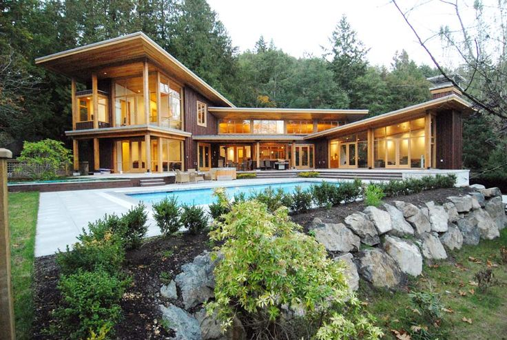 Absolutely Stunning Traditional West Coast Contemporary