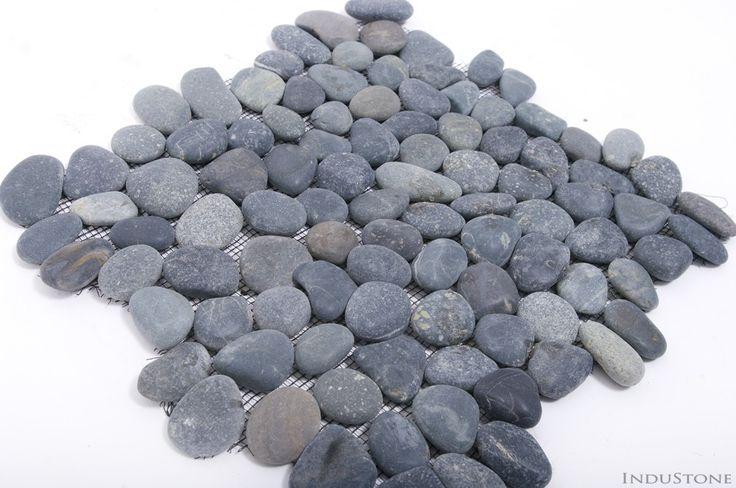 BLACK INTERLOCK M czarne OTOCZAKI mozaika kamienna na siatce INDUSTONE