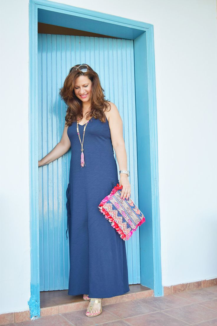 Hi everyone, cotton- jersey dresses are always a favourite of mine during summer and today we have just the right dress for you. A lightweight maxi dress made from soft …
