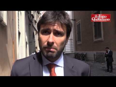 "Indagine Eni, Di Battista (M5s): ""Azienda va commissariata. De Scalzi si dimetta"" - YouTube"