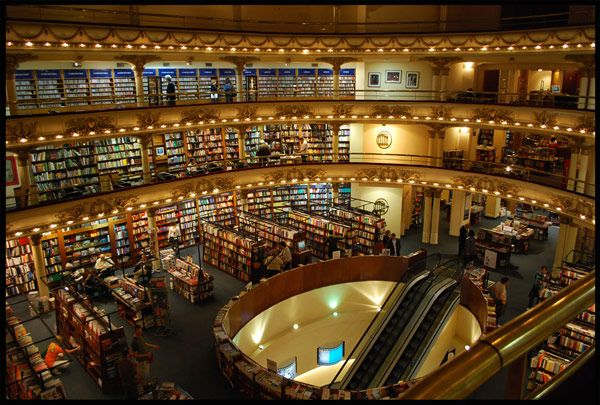 Converted 1920s movie palace uses theatre boxes for reading rooms. Librería El Ateneo Grand Splendid, Buenos Aires, Argentina