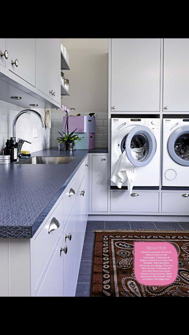 Tvättstuga maskiner i rätt höjd