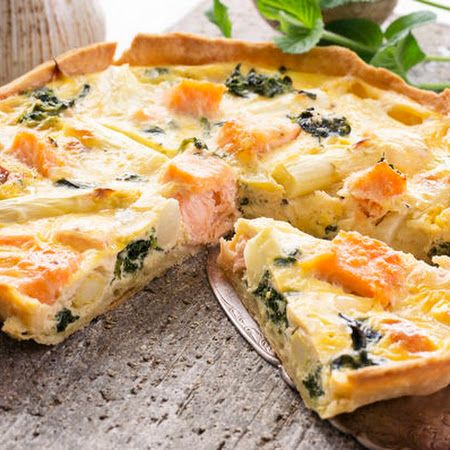 Cut into this #smokedsalmon and #asparagus #quiche