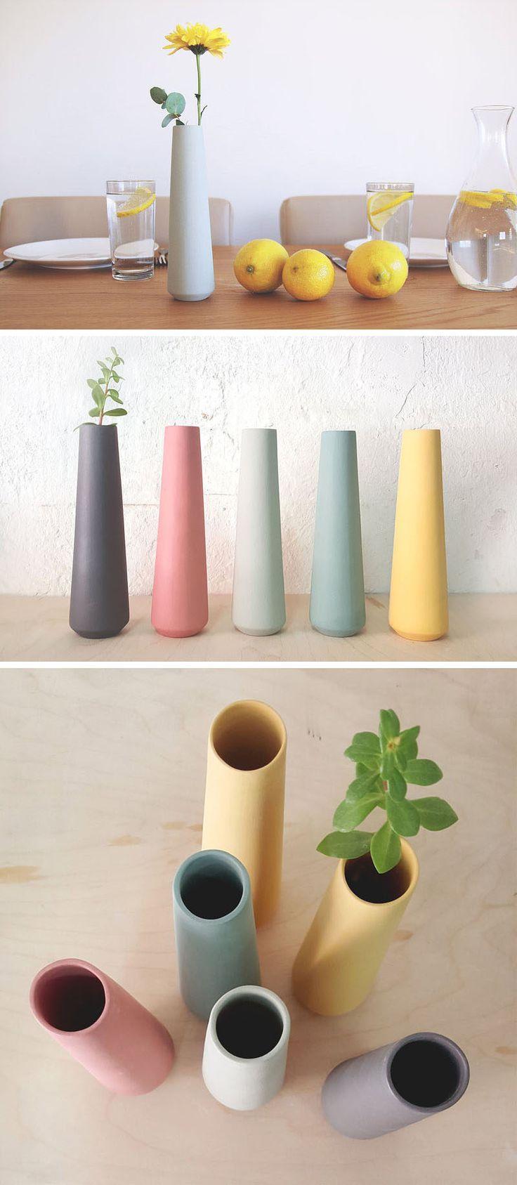 Эти высокие, керамические, одиночные цветочные вазы имеют простой минималистский дизайн, входят в диапазон пастельных тонов, и подойдет любой весенний декор тему.