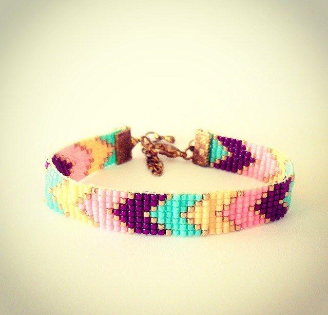 Een persoonlijke favoriet uit mijn Etsy shop https://www.etsy.com/nl/listing/233954772/sparkle-chevron-bracelet