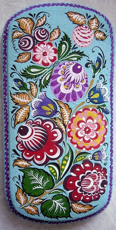 Folk Gorodets painting from Russia. A floral pattern in bright colours. #art #folk #painting #Russian
