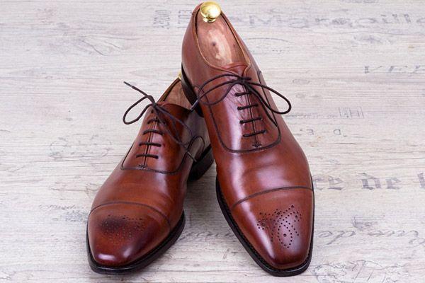 Gepflegte Schuhe im neuen Glanz