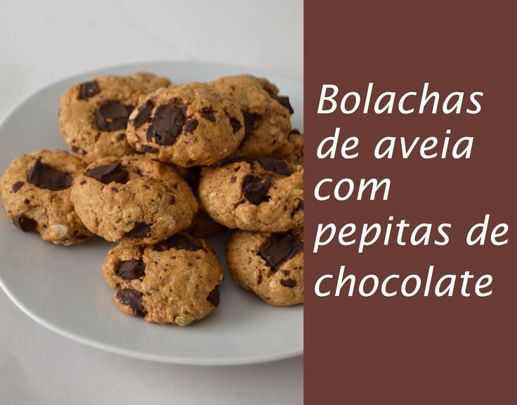 Bolachas de aveia com pepitas de chocolate // Oatmeal chocolate chip cookies