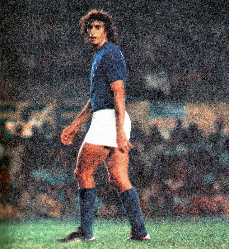 Mito del Cruzeiro, fue el capitán de la legendaria Brasil de 1970. El defensa Wilson da Silva Piazza cumple 72 años.