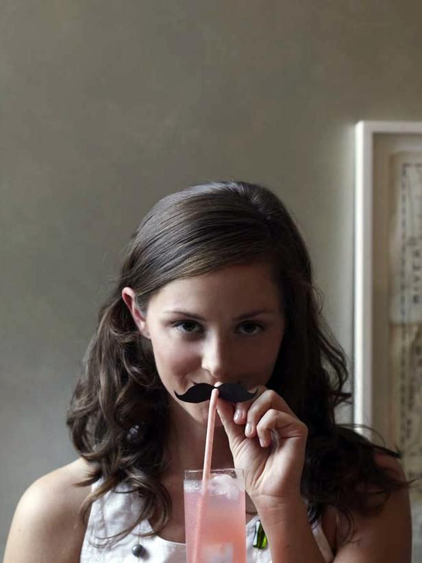 Celebrate 'Movember' with mustache straws. So easy to make! Free template at HGTV: http://www.hgtv.com/handmade/mustache-drink-topper/index.html?soc=pinterest: Mustaches Drinks, Mustaches Templates, Theme Parties, Drinks Toppers, Straws Toppers, Parties Ideas, Mustaches Straws, Moustaches Straws, Diy Mustaches