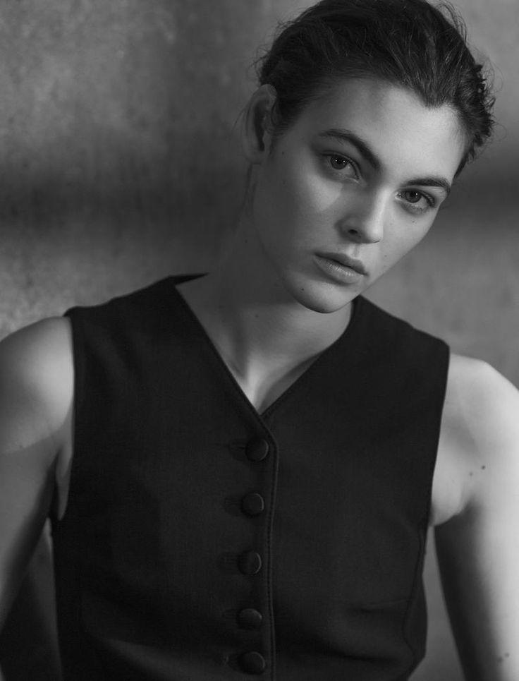 La Grande Bellezza di Vittoria Ceretti by Luc Braquet (Harper's Bazaar Kazakhstan)