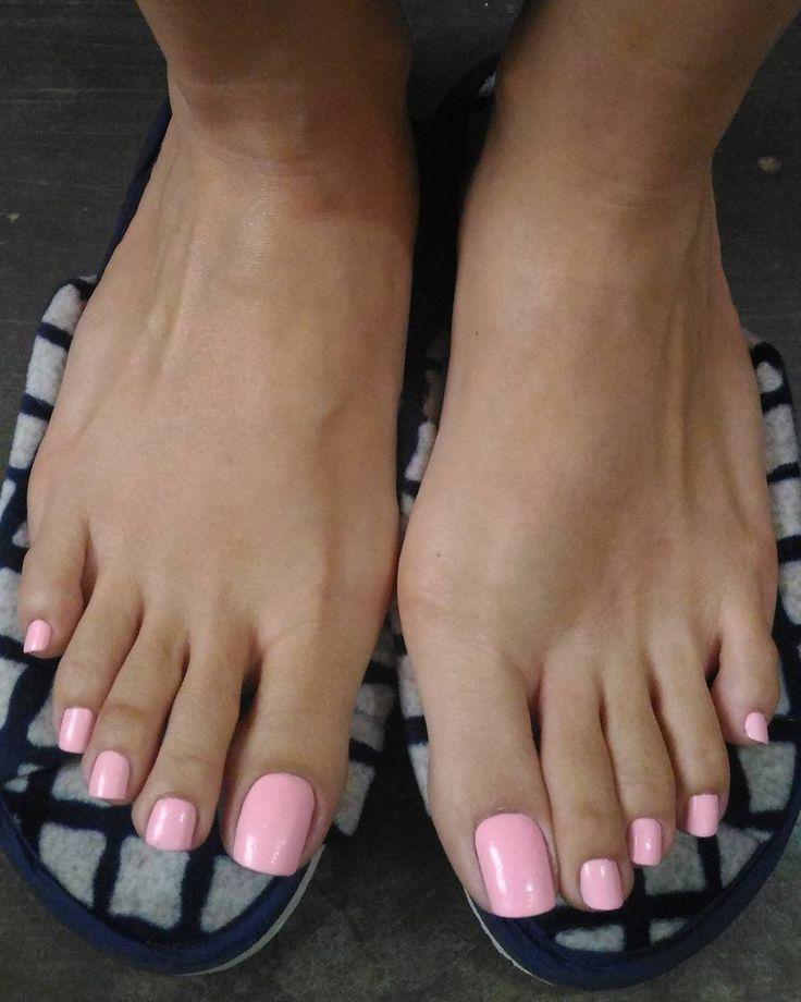 Best 25+ Feet Nails Ideas On Pinterest