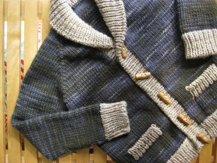 Boy's cardigan made at Doquilts Benfica knitting classes