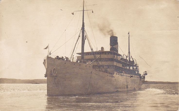 RP: Ship METAPAN pulling into KINGSTON , Jamaica , PU-1912