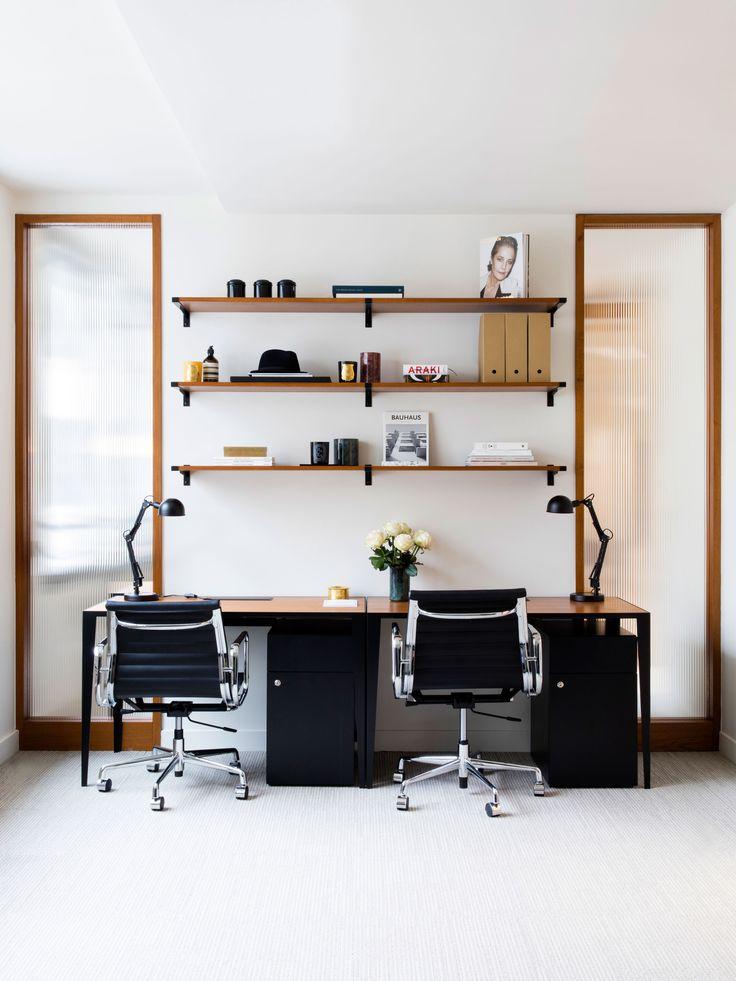 The Bureau  Atelier mkd.    32 rue Saint-Paul - 75004 Paris  contact@ateliermkd.com    Crédit photo : Raphael Dautigny