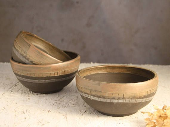 Soup bowl set of 3. Cozy three rice pots with natural clay