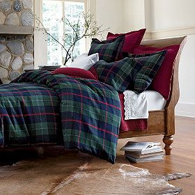 I LOVE this bedding. Especially for the winter.