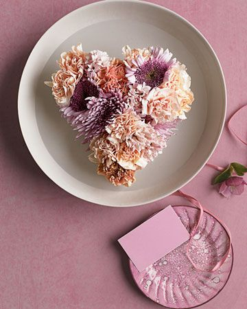 Valentine's Day: Valentine's Day floating Flowers - Martha Stewart
