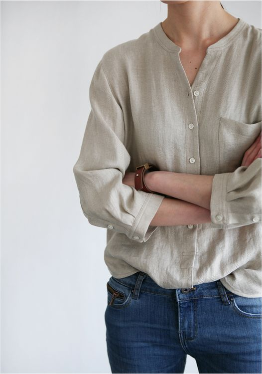 I like the style of this shirt, no collar, and the way it is tucked is cute