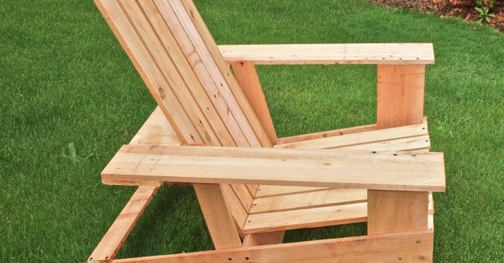 We built these lightweight, inexpensive Adirondack chairs from cedar fence boards. They don't require power tools or extensive skills! Step-by-step tutorial on…
