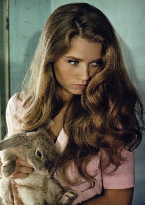 .Hair Colors, Abbeyleekershaw, Vogue Australia, Wavy Hair, Long Hair, Beautiful, Bunnies, The Waves, Abbey Lee Kershaw