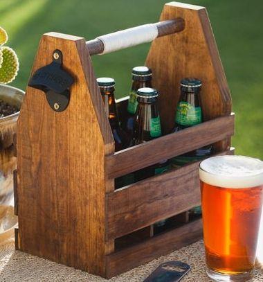 DIY Wooden beer caddy - free woodworking plan // Sörtartó (sörös rekesz) fából sörnyitóval - nyári ötlet // Mindy - craft tutorial collection