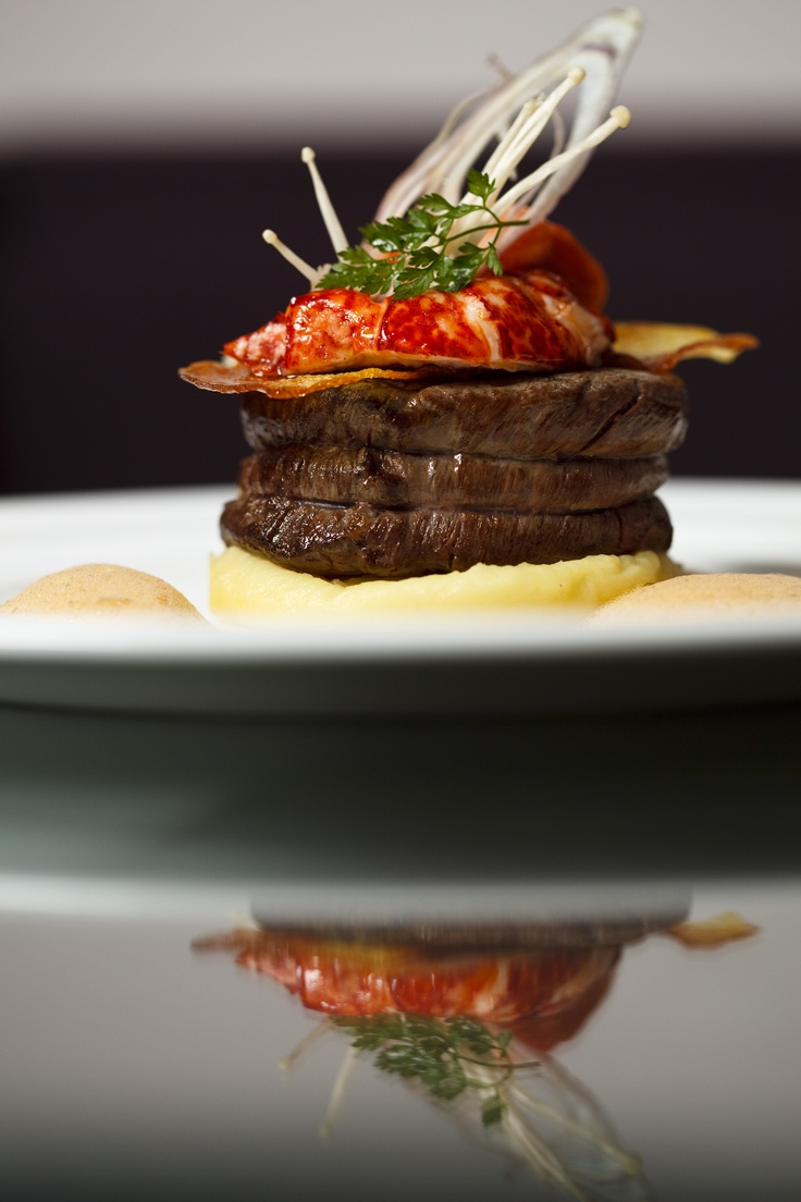 Surf and turf beef filet and lobster from Mr Delheu, mashed potatoes with salted butter. #gastronomy