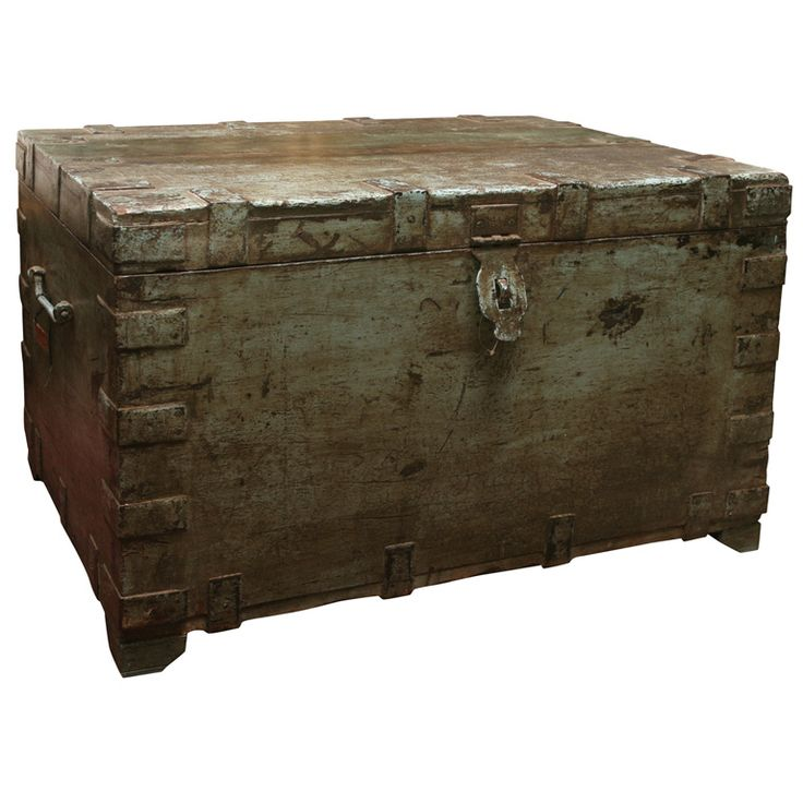 17 Best Images About Trunks And Boxes On Pinterest Vintage Luggage Blanket Chest And Wood Trunk