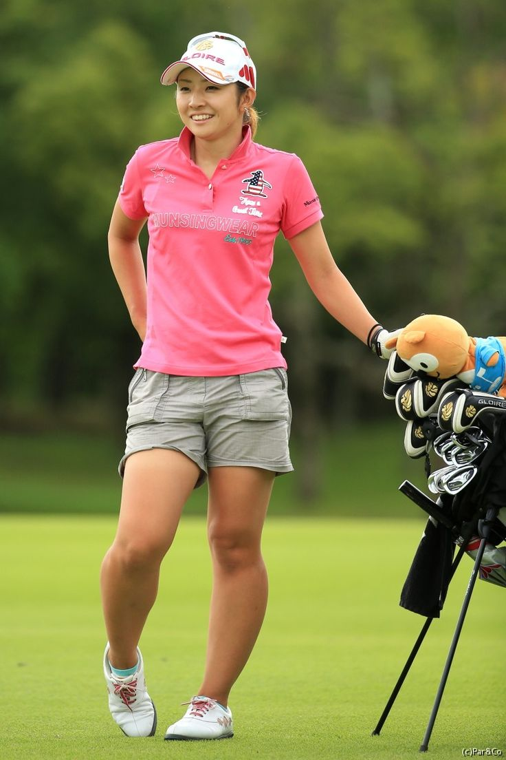 girls-nude-golfer-chick