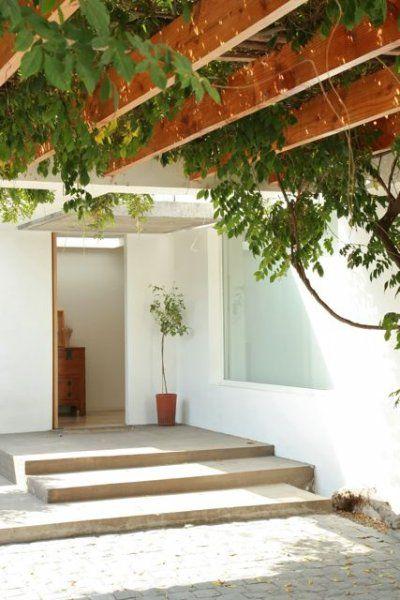 Renovation of a modernist house, Casa Sanfuentes, Santiago, Chile