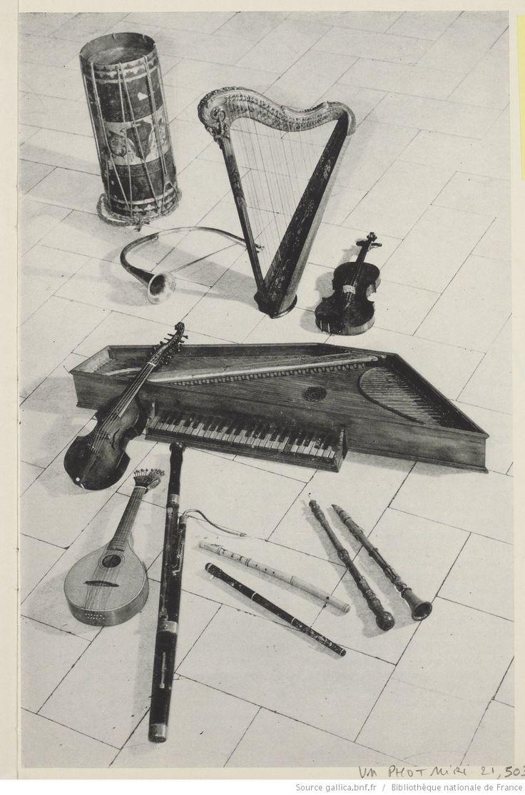 Instruments de musique : tambour, cor, harpe, violon, vole, épinette, cistre, basson, flûtes, hautbois et clarinettes / facteur inconnus | Gallica