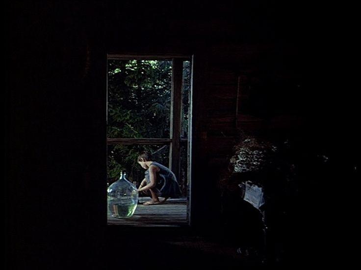 Mirror (Andrei Tarkovsky, 1975)