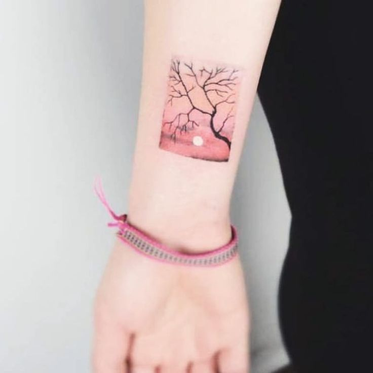 100+ tatouages ​​roses accrocheurs qui vont vous inspirer pour vous encrer –   – Tattoo and Henna me!