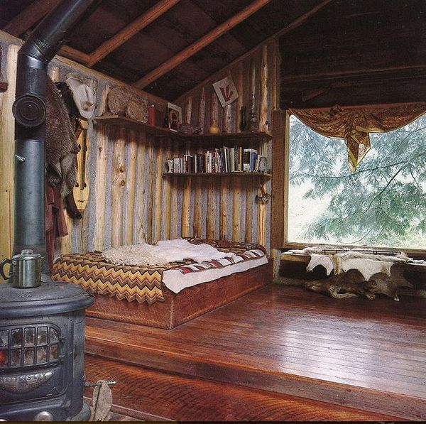 : Big Window, Floors, Trees Houses, Interiors, Cabins Fever, Logs Cabins, Rustic Cabins, Wood Stove, Cabins Bedrooms