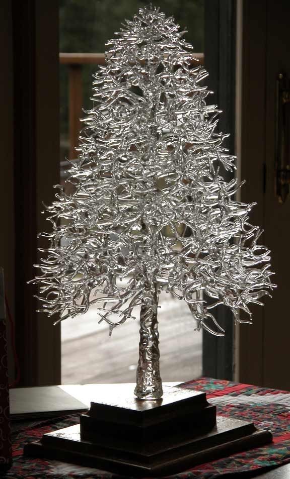 Glass Tree ~ by Ronnie Hughes, traditional flamework - would be awesome as an ice sculpture!