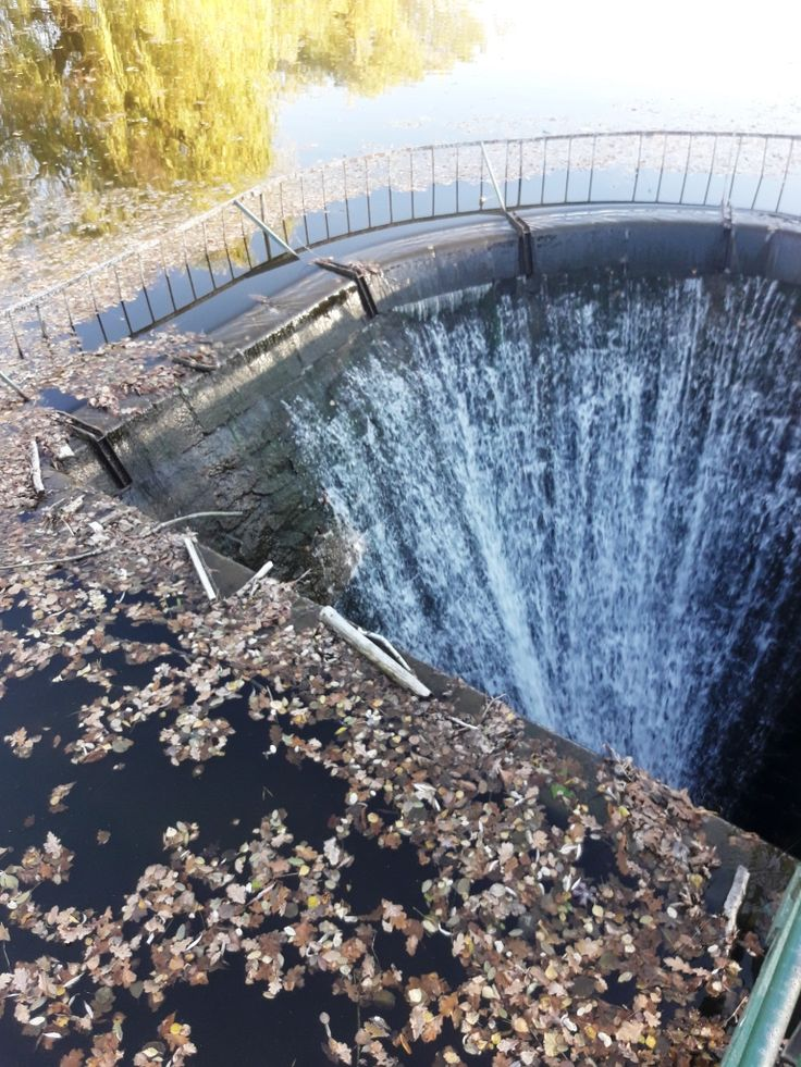 Weir. The end of the world. #weir #water #watersurface