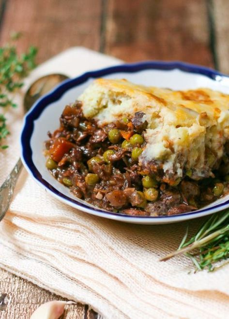 Braised Beef Shepherd's Pie | Comforting Casserole Winter Meals on Frugal Coupon Living. Easy, warming, and with little prep. Let your oven do all the work! #casserole #winter #recipes #casserolerecipe #winterrecipes #warmdishes #recipes #casserole #casserolerecipes #ComfortFood #ShepherdsPie