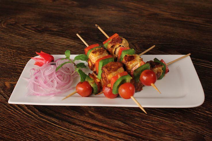 #Khumb #Shashlik #recipe  http://www.foodfood.com/recipes/khumb-shashlik/