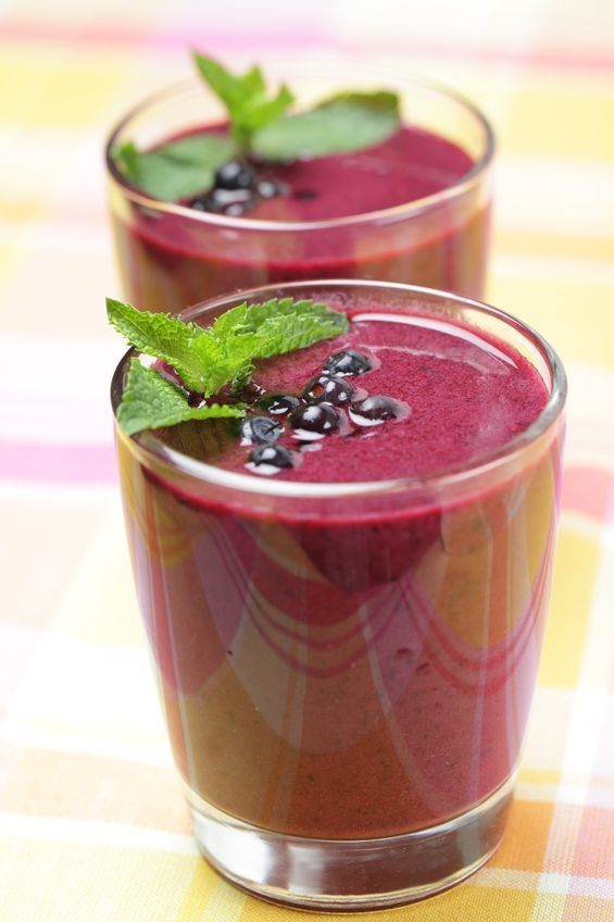 50 Skinny, 5-Ingredient or Less Smoothies  | Skinny Mom | Where Moms Get the Skinny on Healthy Living