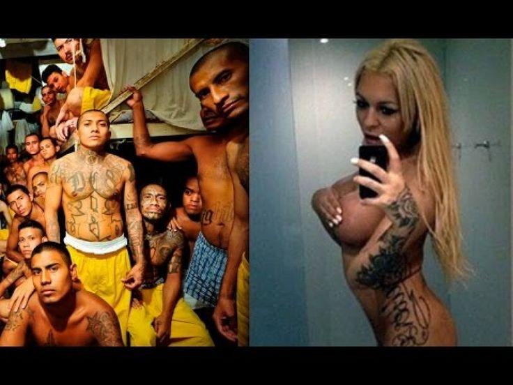 Девушки в тюрьме опускают ванной