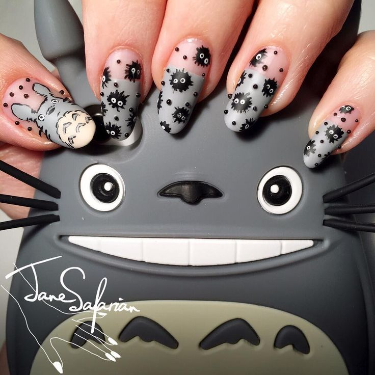 "274 Likes, 35 Comments - Jane Safarian (@janesafarian) on Instagram: ""How cuuuute are these 😍 painted a quick Totoro design with some Sootballs and black caviar beads…"""