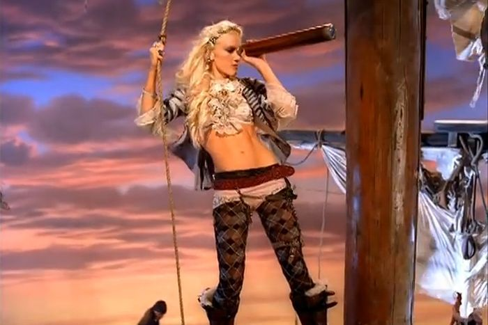 gwen stefani clothes in if i was a rich girl - Google Search