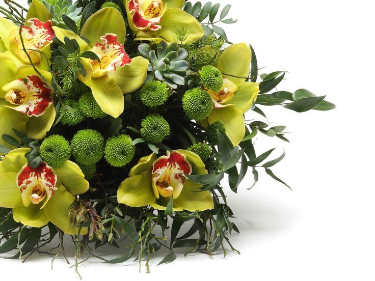 Lenyűgöző zöld vegyes virágcsokor   #flowers#bouquet#viragszoro#viragszoroviragkuldes#green#orchid#chrisanthimum#succulent