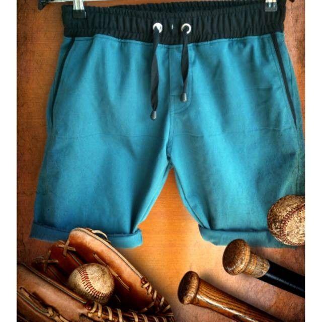 Saya menjual Celana Pendek Pria seharga Rp120.800. Dapatkan produk ini hanya di Shopee! https://shopee.co.id/anger1303/382001240 #ShopeeID