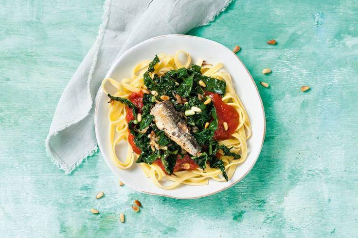 Kijk wat een lekker recept ik heb gevonden op Allerhande! Pikante pasta met sardine