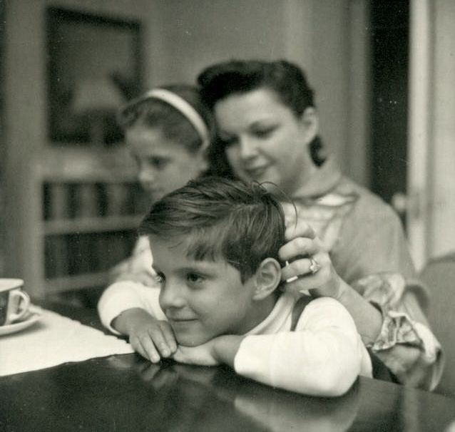 Judy Garland with children Lorna and Joey Luft. | Judy ...